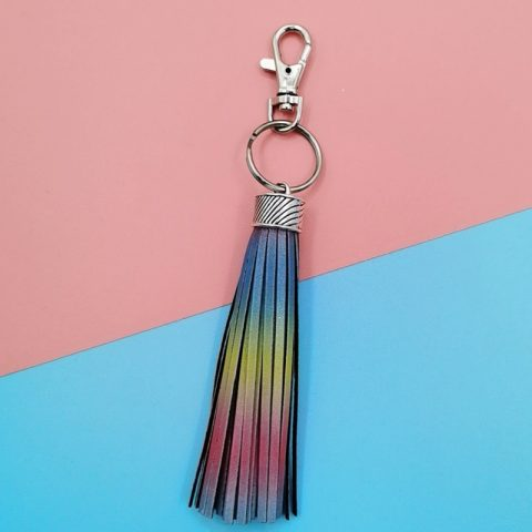 Reflective Tassel With Rainbow Reflective Material